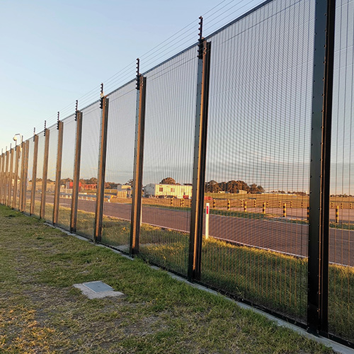 358 fence4